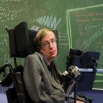 Stephen Hawking colapsó web de la Universidad de Cambridge
