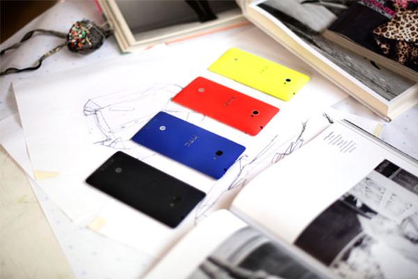 HTC Colors
