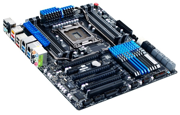 Gigabyte X79S-UP5 Oblique