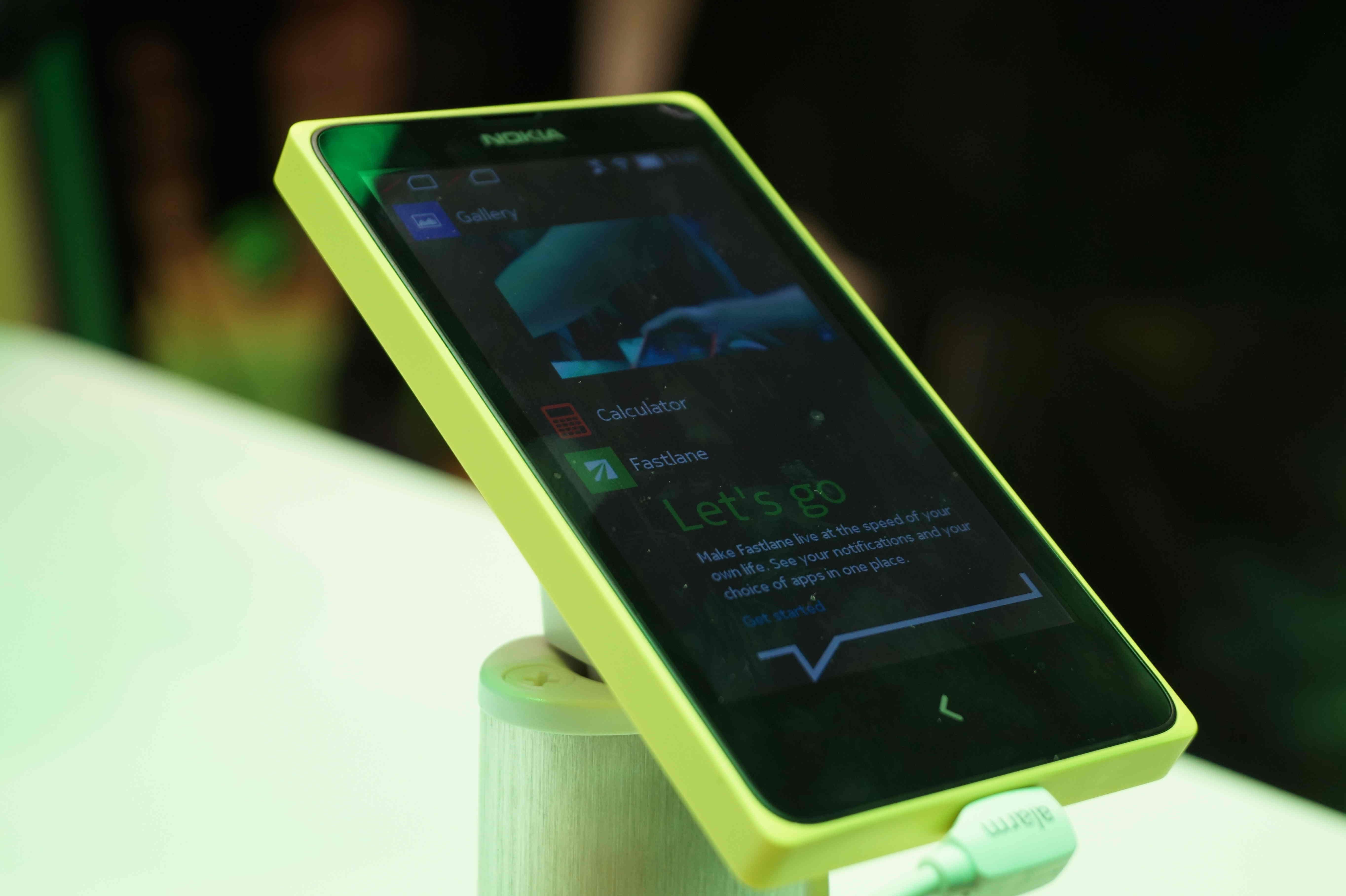 NokiaXL.jpg