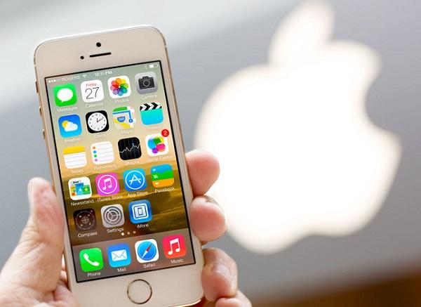 iphone 5s apple store hero 0