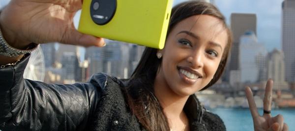 Microsoft-Windows-Phone-selfie-Lumia
