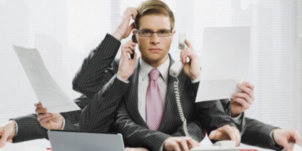 empleado-multitarea wide