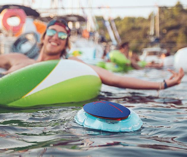UE Roll 2 floatie
