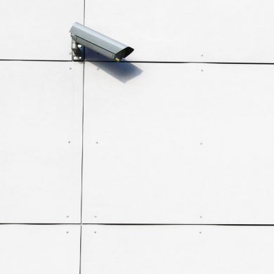 Esta app te ayuda a saber si te están espiando