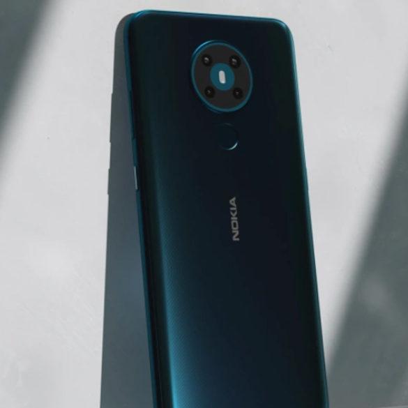 Nokia presentó nuevos teléfonos